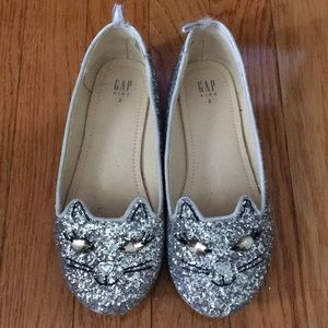 Gap sparkle cat flats size 2